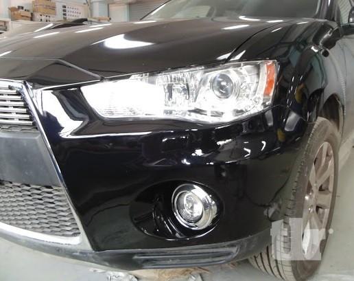 автомобиль Outlander после ремонта переднего бампера и крыла